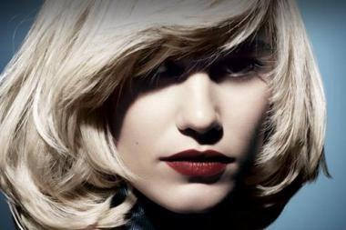 """Blondinė iškėlė ieškinį bendrovei """"L'Oreal"""