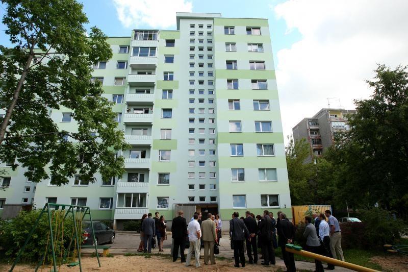 Specialistai: gyventojai turėtų patys kontroliuoti namo renovaciją