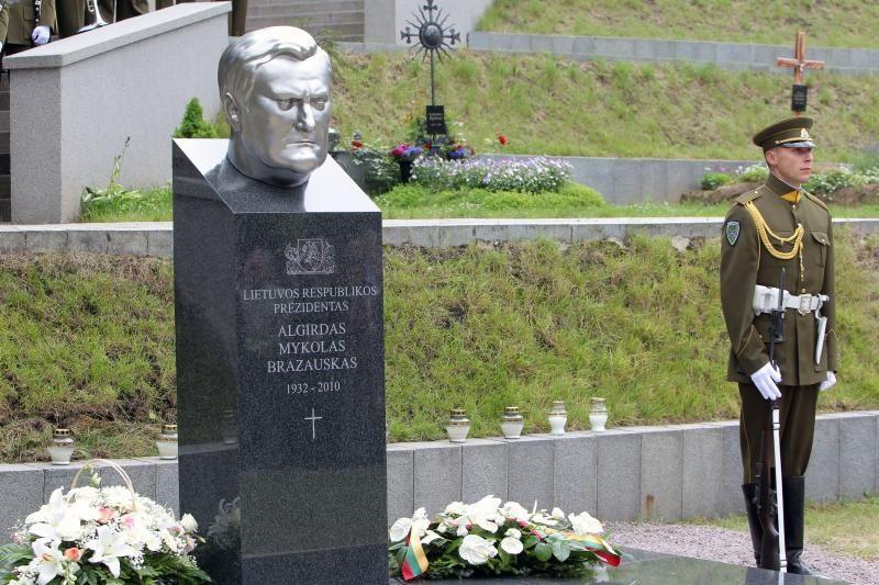 Stringa socialdemokratų planai įamžinti A. Brazausko vardą