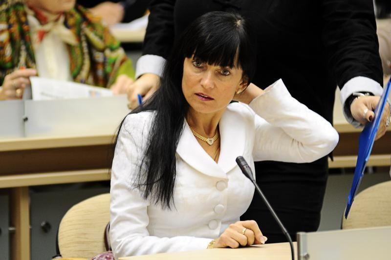 Antikorupcijos komisijos pirmininke siūlo A.Ručienę