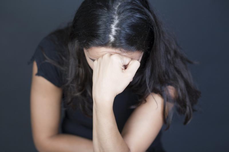 Jauną moterį autobuse žiauriai išniekino keturi vyrai