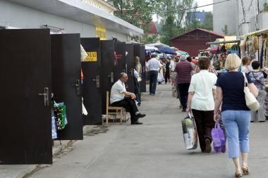 Dešimtims Kalvarijų turgaus prekiautojų antradienį skirta baudų už 1 tūkst. litų