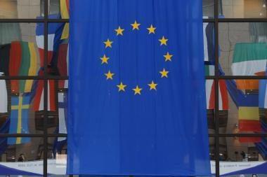 ES pradėjo skubiai sušauktą pasitarimą dėl įvykių Egipte