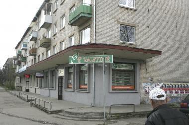 Į butą Kaune įsiveržę vyrai šeimininkei uždėjo antrankius (papildyta)
