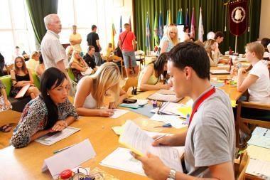 Už valstybės pinigus daugiausia jaunuolių studijuos VU, VGTU ir KTU