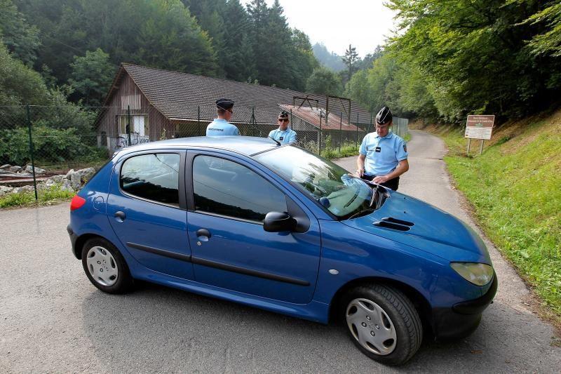 Policija po nužudymų Alpėse tiria šeimos ginčo versiją