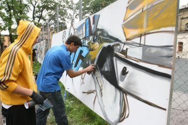 Penktadienį - legalus ir masinis grafitų piešimas