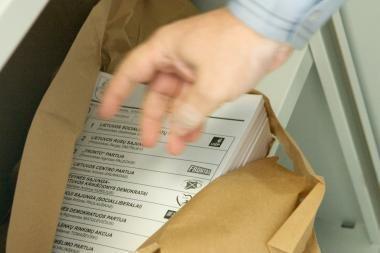 Rinkimus laimėtų socialdemokratai, konservatorių populiarumas krenta