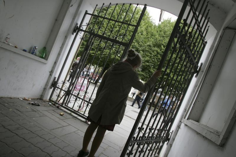 Šalčininkų rajone tėvai įtariami sumušę mažametę dukrą