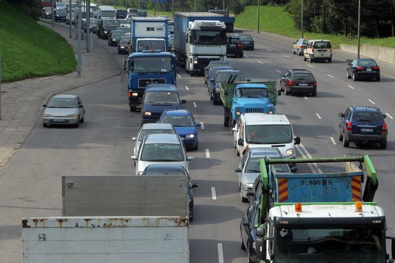 Geležinio Vilko gatvės dalyje iki birželio 28 d. bus ribojamas eismas