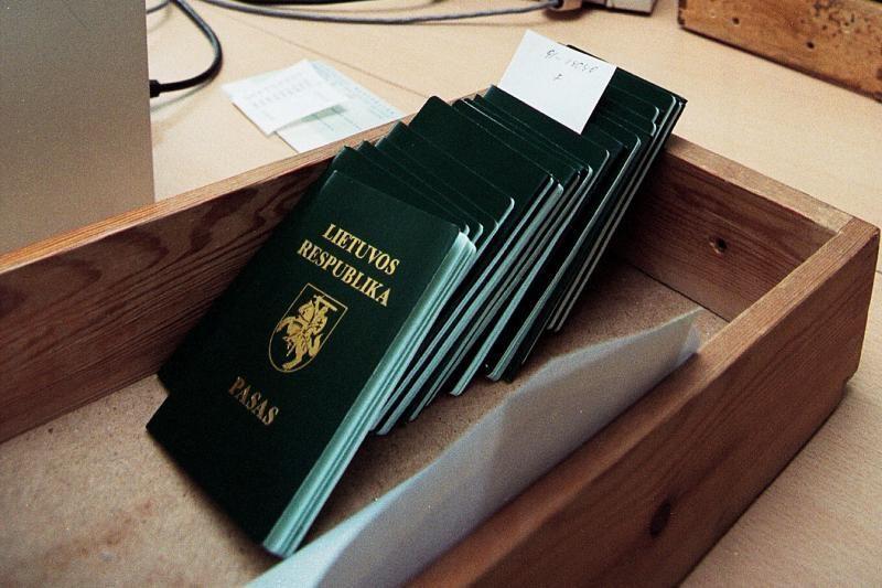 """Deportuoto vyro """"lietuviški"""" dokumentai prajuokino pasieniečius"""