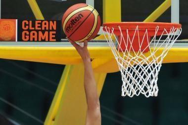 Aštuoniolikmetės krepšininkės suklupo ketvirtfinalyje