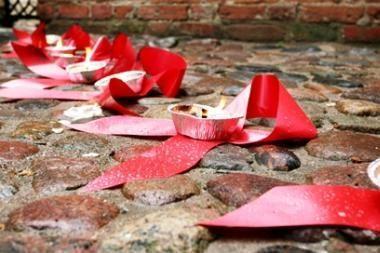 Meilės dieną rinks aukas AIDS centrui