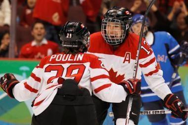 Kanadietės olimpiniame ledo ritulio turnyre dominavo iki pabaigos