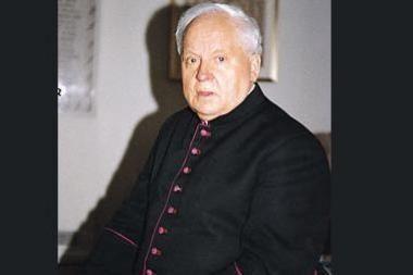 Monsinjoro K.Vasiliausko tėviškės sodybos nutarta neskelbti kultūros vertybe