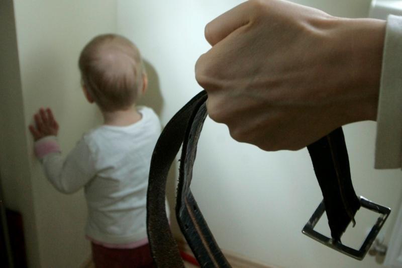 Vilniuje kaimynas įtariamas sužalojęs dvejų metų vaiką