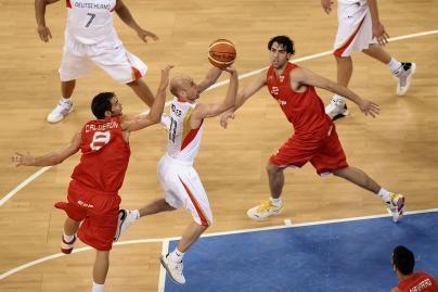 Ispanai įveikė Vokietijos krepšininkus