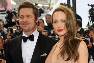Skiriasi gražiausia laikyta Holivudo pora B.Pittas ir A.Jolie