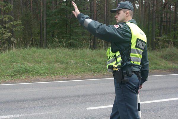 Savaitė keliuose: žuvo aštuoni žmonės, vienas - nepilnametis