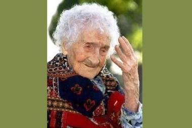 Japonijoje mirė seniausia pasaulyje moteris