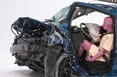 Žemaūgiai vairuotojai rizikuoja labiau
