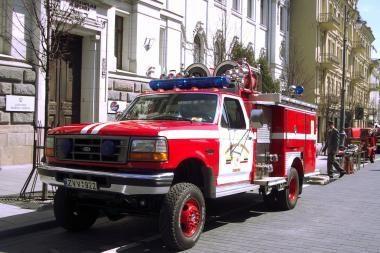 Šaltkalvių gatvę puolė gaisrai