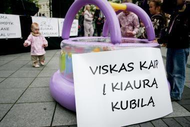"""Paskutinę birželio dieną – protesto akcija """"Lietuvi, įkalk vinį į kubilą!"""""""