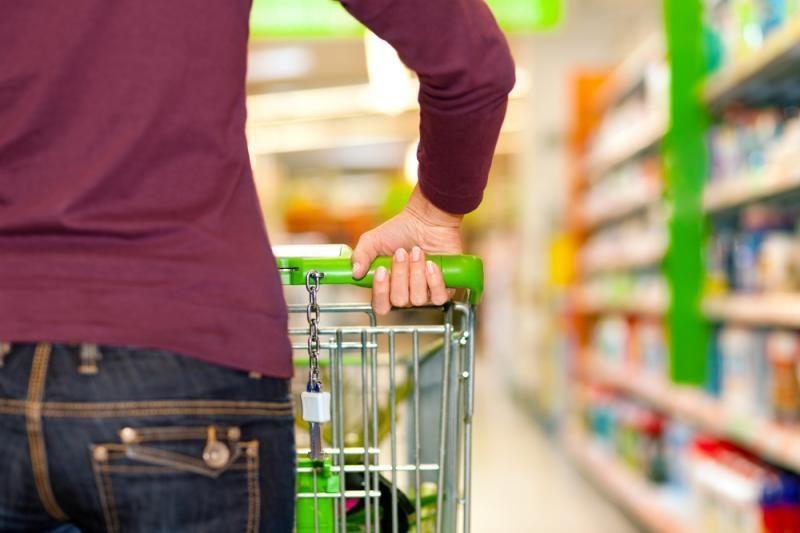 Antrąjį pusmetį srautai į parduotuves sumažėjo, čekis sutrumpėjo