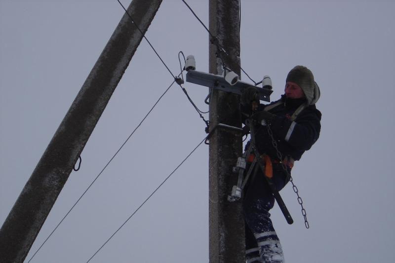 LESTO pradeda elektros skirstomųjų tinklų modernizavimo darbus