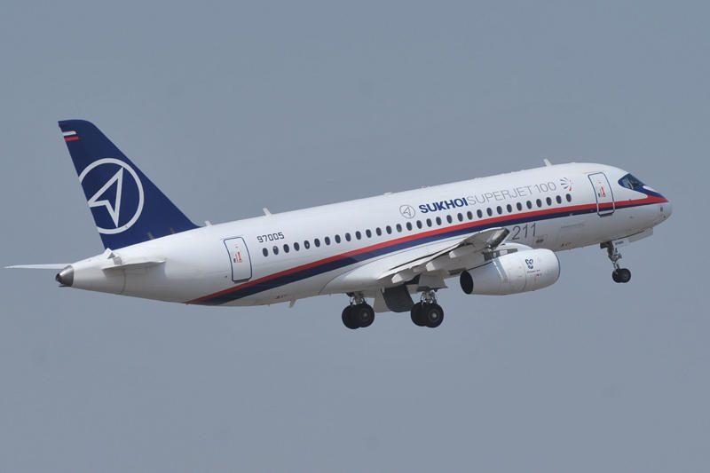 Indonezijoje dingo 46 žmones skraidinęs Rusijos gamybos lėktuvas