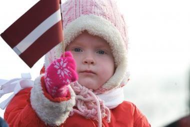 Latvija: stiprūs šalčiai protestuotojų neišgąsdino
