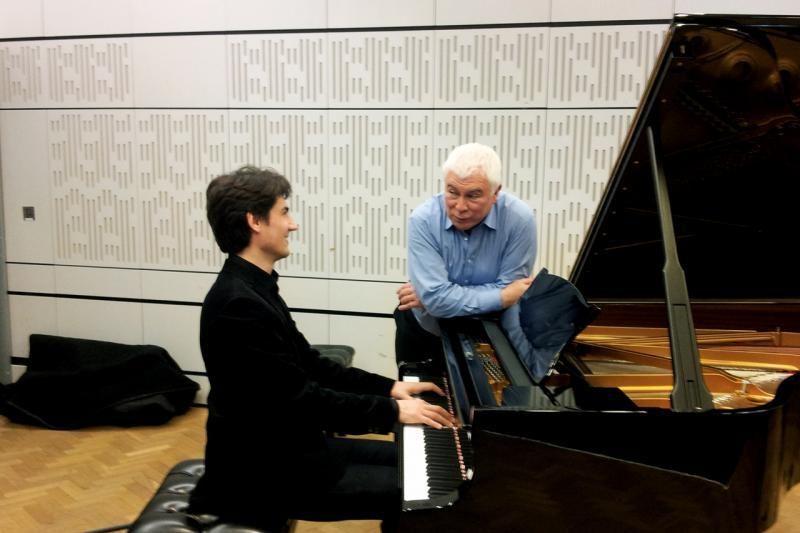BBC radijuje debiutavęs K.Uinskas pavergė Londono klausytojus