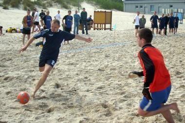Šeštadienį startuoja paplūdimio futbolo A lygos čempionatas