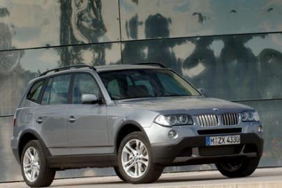 BMW atšaukia 200 tūkst. automobilių