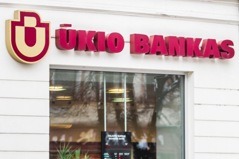 Pašalpų gavėjai pinigų Ūkio banke neprarado