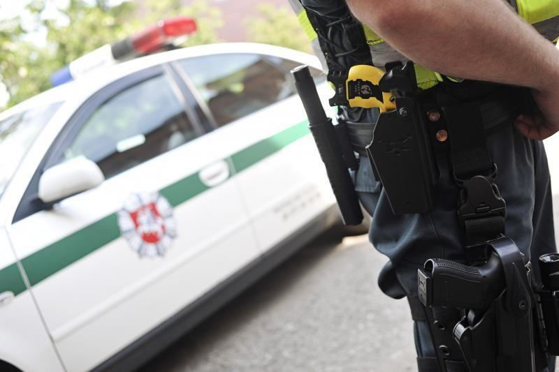 Į areštinę pateko neblaivus saugumo tarnybos           specialistas