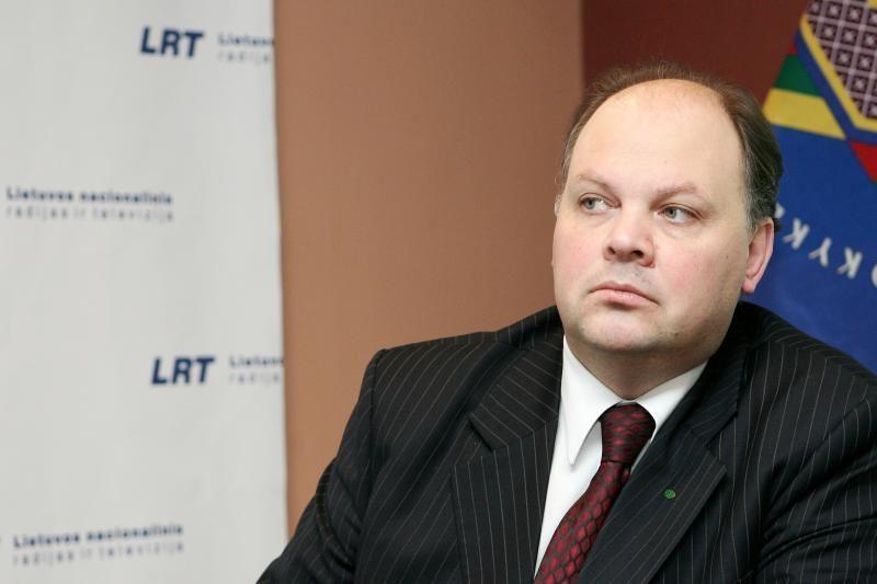 ŠMM kancleris: užsienio lietuvių švietimui - daugiau pinigų