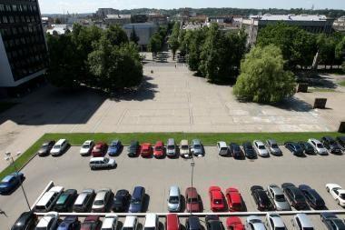 Atplėštas vokas su pasiūlymu įrengti požeminę aikštelę Vienybės aikštėje