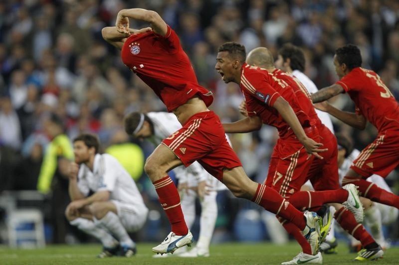 Vokietijos futbolo pirmenybėse - favoritų pergalės