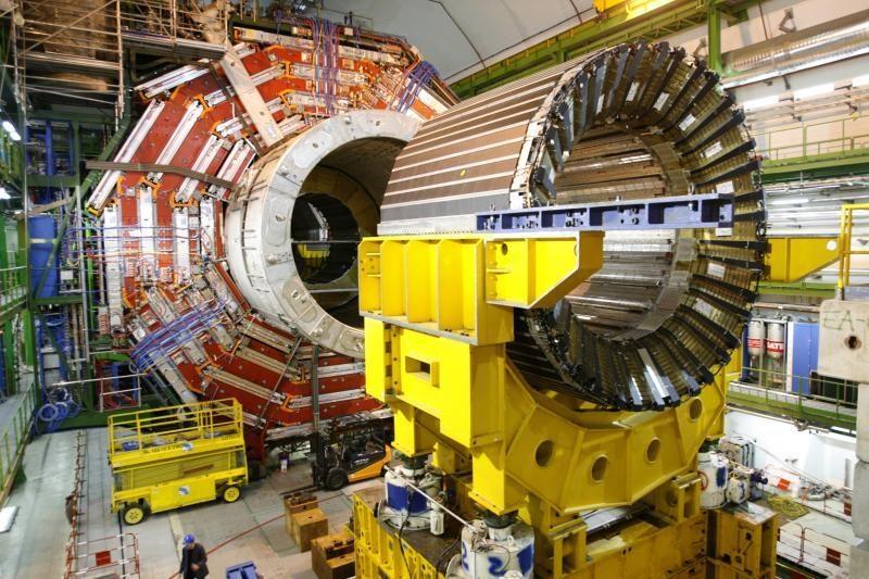 Higgso bozoną atradę mokslininkai ruošiasi kitam kvantiniam šuoliui