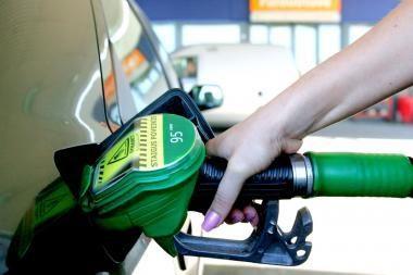 Ministerija sprendžia degalų kainų galvosūkį