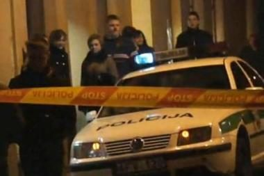 Šūviai Vilniaus centre: plėšikas sužeistas