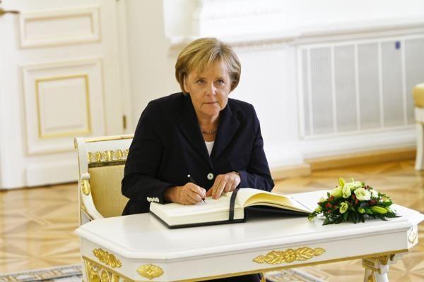 """A.Merkel: """"airBaltic"""" yra Latvijos sėkmės istorija"""