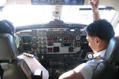 Snaudžiantys pilotai sugrįžo į darbą