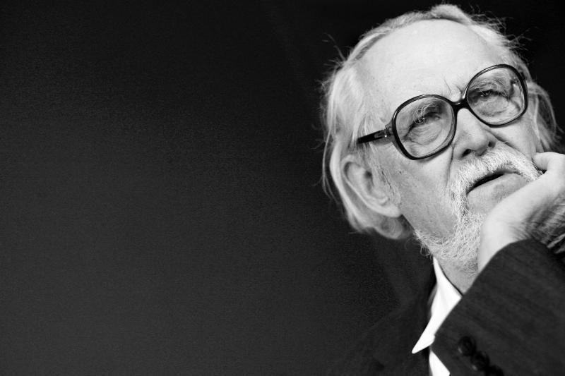 Mirė vienas žymiausių XX a. lietuvių poetų Marcelijus Martinaitis