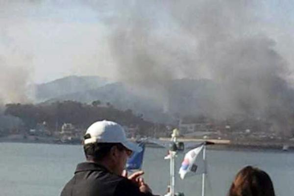 Pchenjanas perspėja Vašingtoną ir Seulą apie Korėjos pusiasalio stūmimą