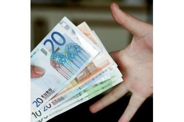 EK vadovas: euras yra stipri valiuta ir negali žlugti