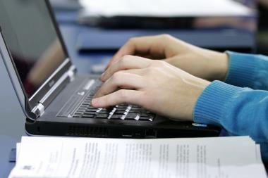 Abiturientai sės laikyti informacinių technologijų egzamino