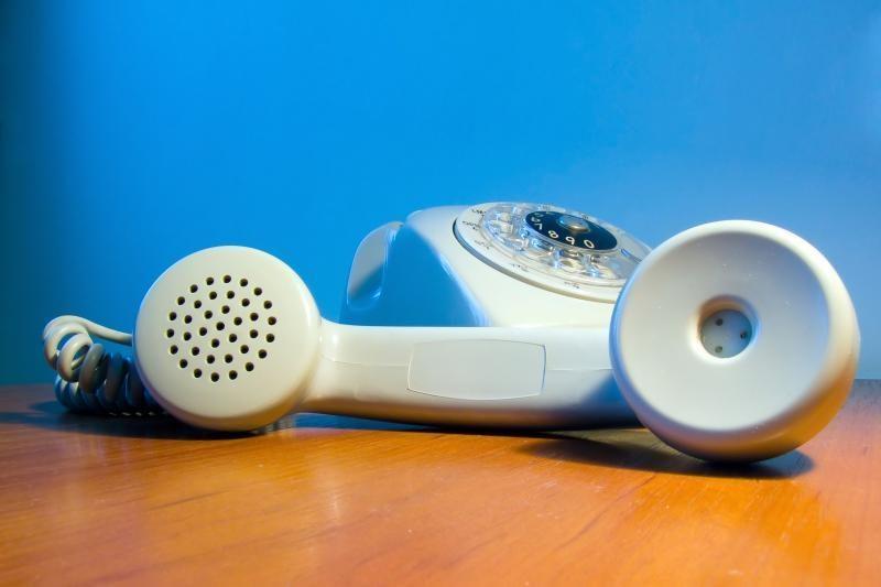 Psichologinė pagalba telefonu: paskambinkite, kai išsiblaivysite