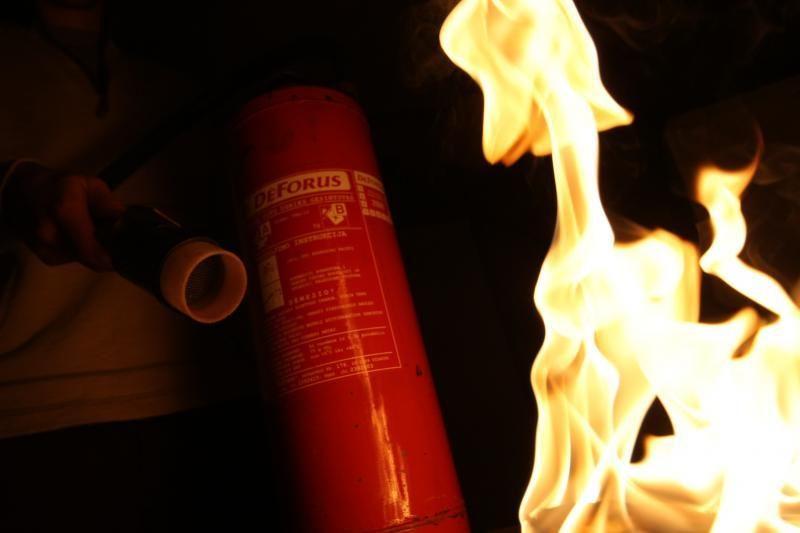 Ugniagesiai: vakarienę gaminkite prieš krepšinio rungtynes